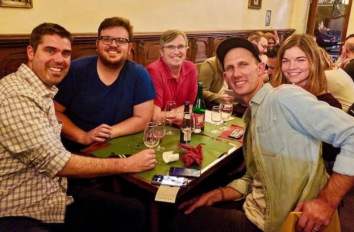 Photo Group Dinner